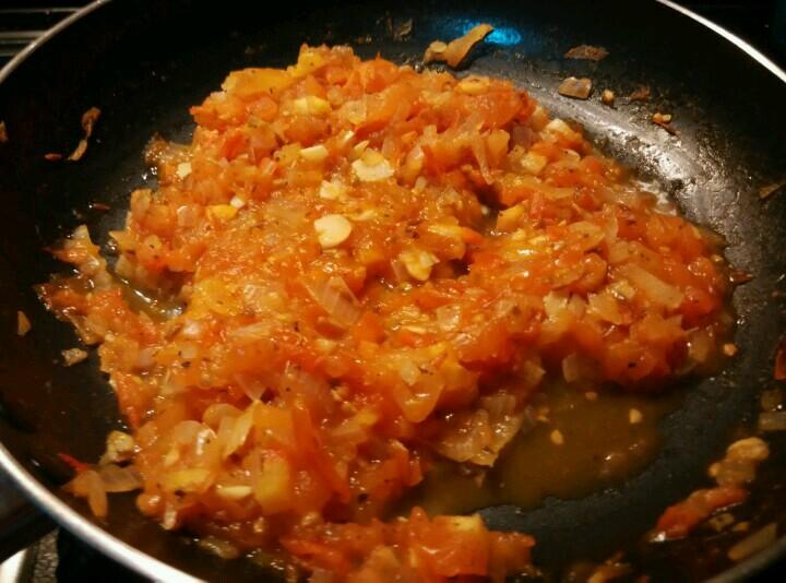 Mashed Potato with Tomato Sauce - Tomato Sauce