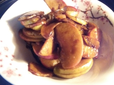 Apple Caramel Pavlova - Apples